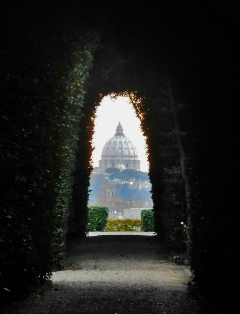 View Through Keyhole